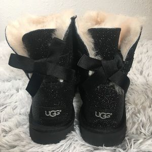 Ugg Mini Bailey Black Sparkle Boot Size 7